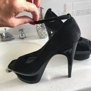 Bakers Shoes - Sexy black heels